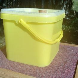 Krmítko obdélníkové - kompletní 8l (5 kg cukru)